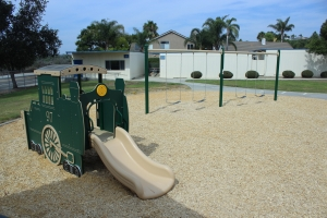 Reynolds-Elem-School-Kinder-Playuground-2