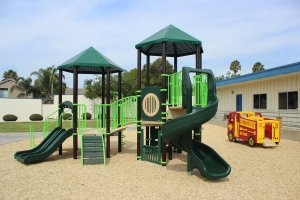 Reynolds-Elem-School-Kinder-Playuground-3
